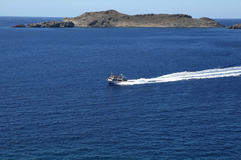 Sea Voyage to Wonderful Island of Hytra