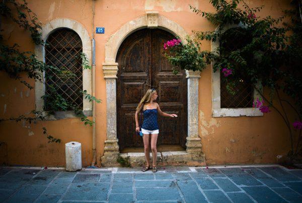 crete rethymnon old town alleys