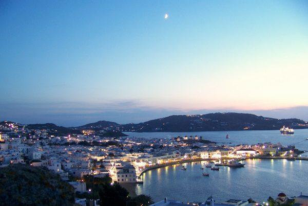 5 reasons why choose mykonos island