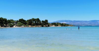 Bournontas: The beach that no matter how much you walk does not get deeper