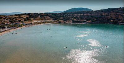 Calm, wind-sheltered beaches in Attica