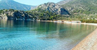 Four beaches in Attica with warm waters