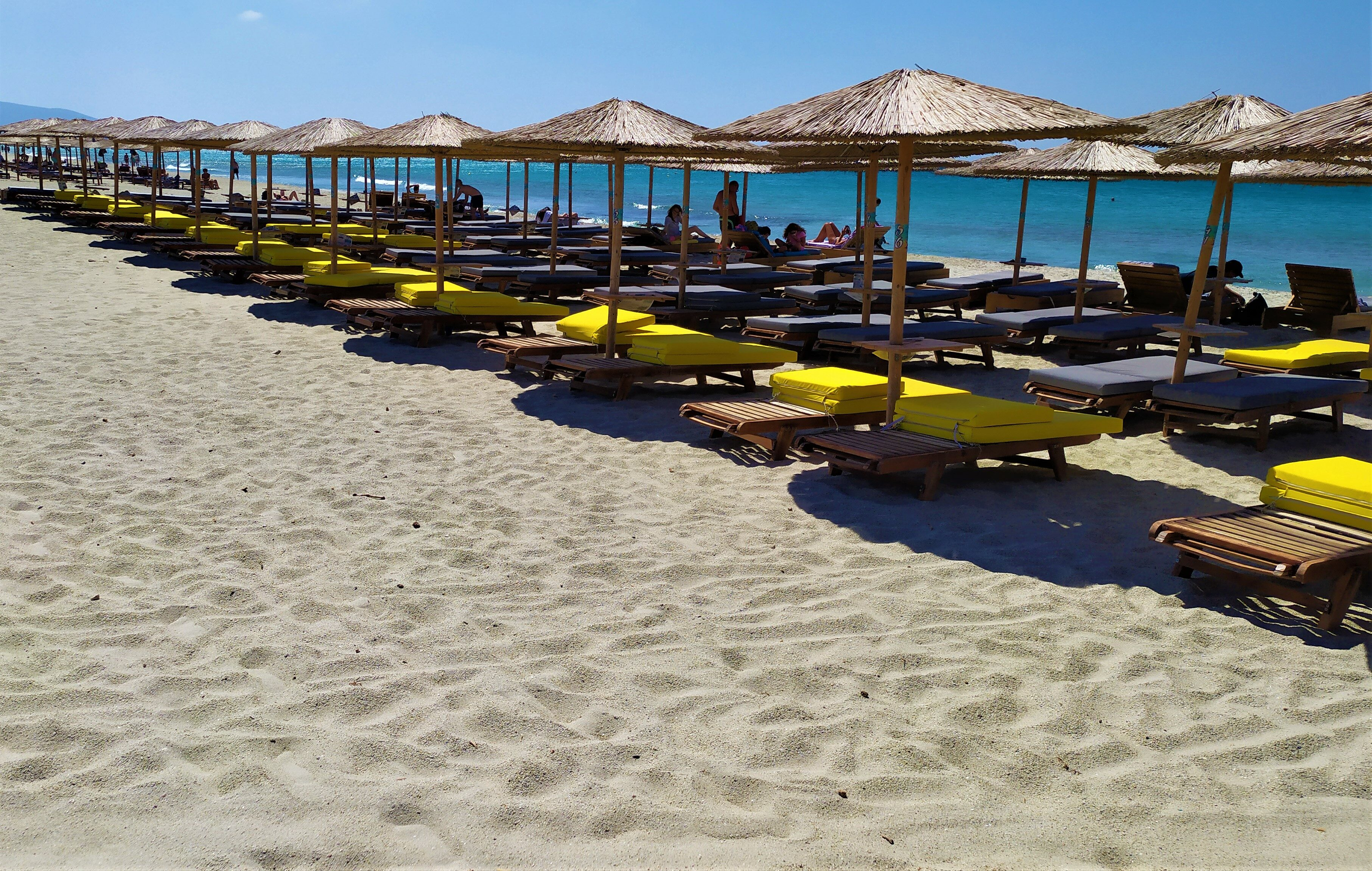 Mikri Vigla – Naxos: The right beach for lovers…of adventure!