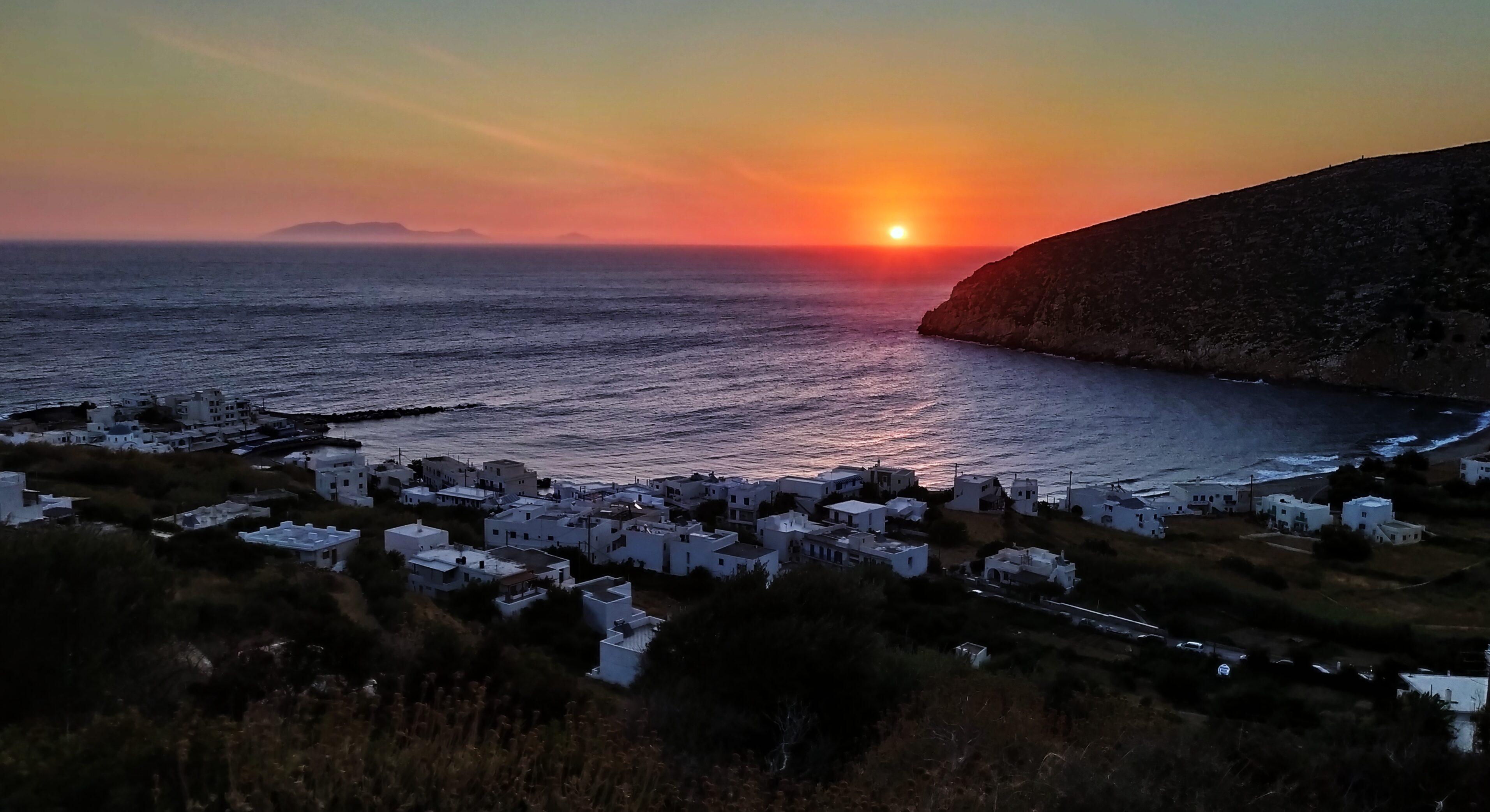 Apollonas Settlement- Naxos: The pleasure of quietness