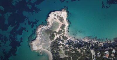 Rafina: A hidden beach with a prehistoric settlement
