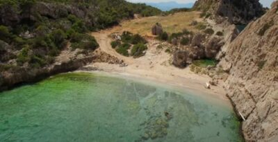 Sterna: The hidden beach in Loutraki with crystal clear waters