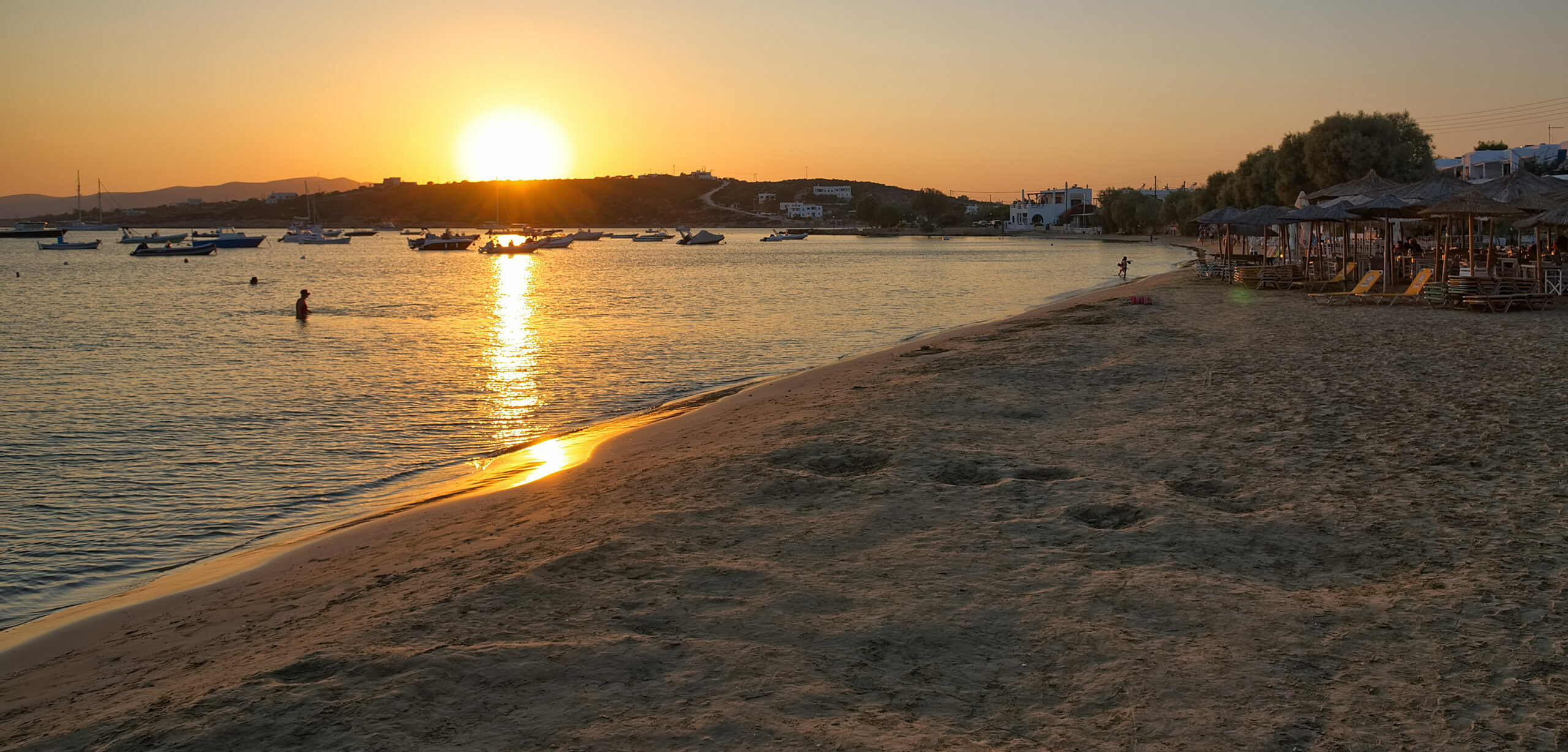 The incomparable beach of Aliki at Paros