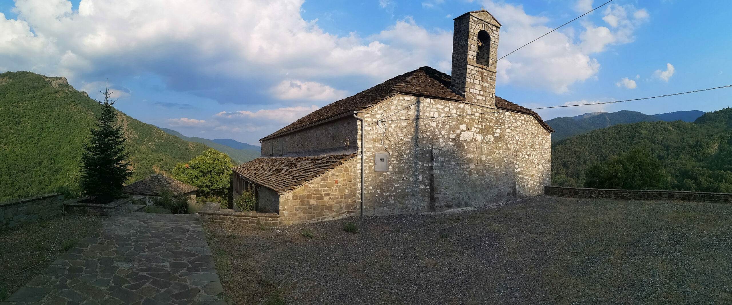 Epirus: Konitsa Ioannina – Chioniades the small Greek village where more than 70 painters were born