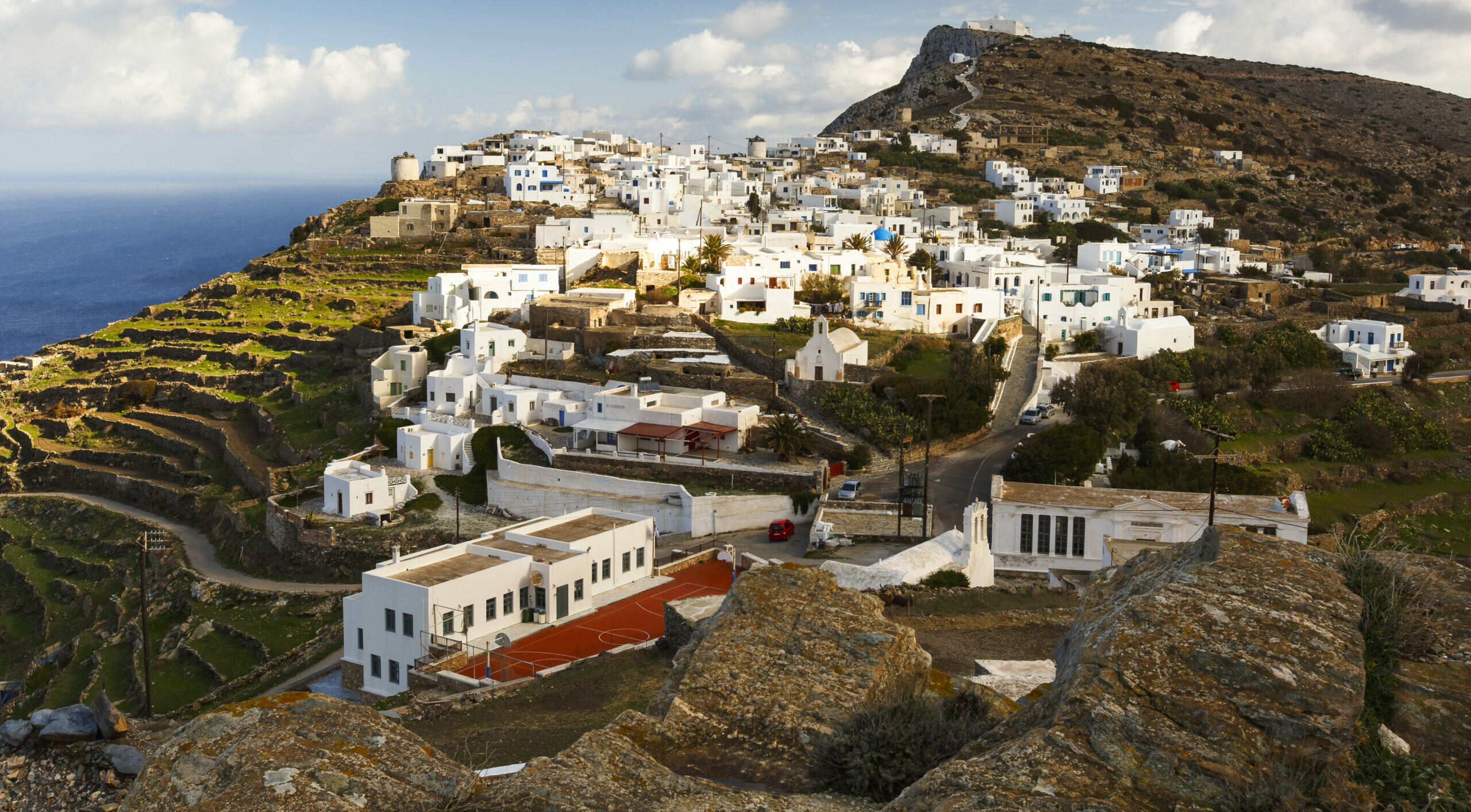 Sikinos: The island of carefree vacations you will come to love