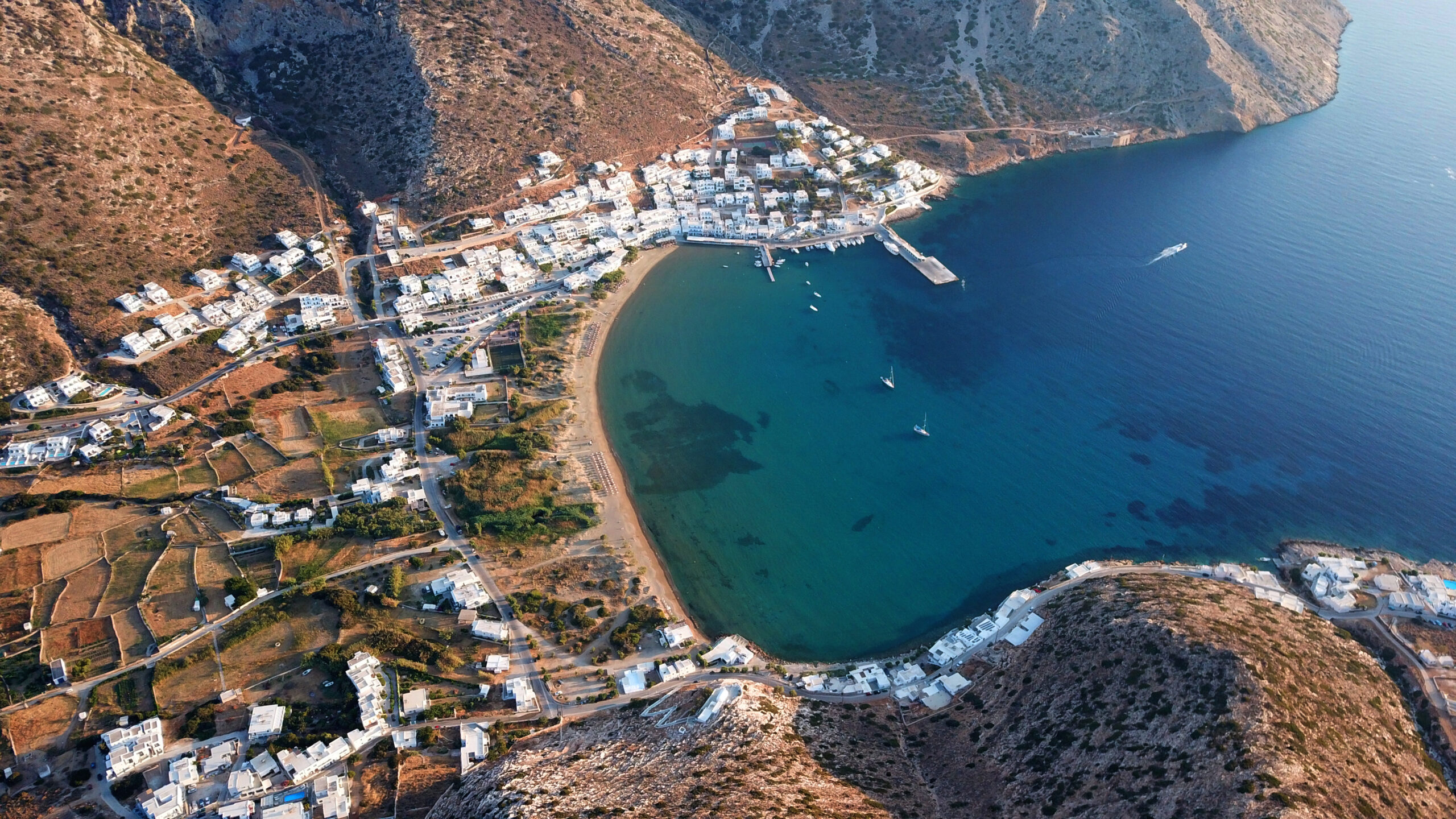 National Geographic: Greek island in the top 10 list of sunny islands in the world