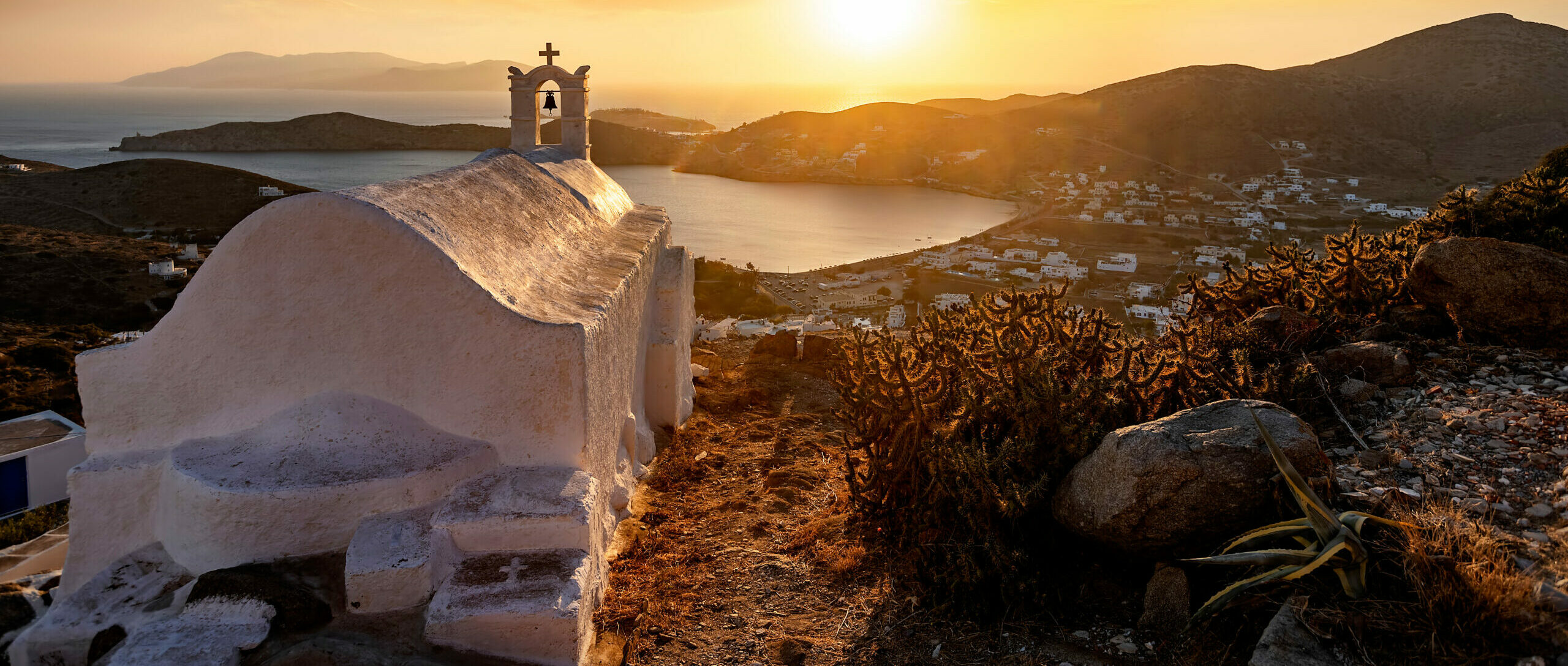 The Greek island that entered the list of the 100 most impressive in the world