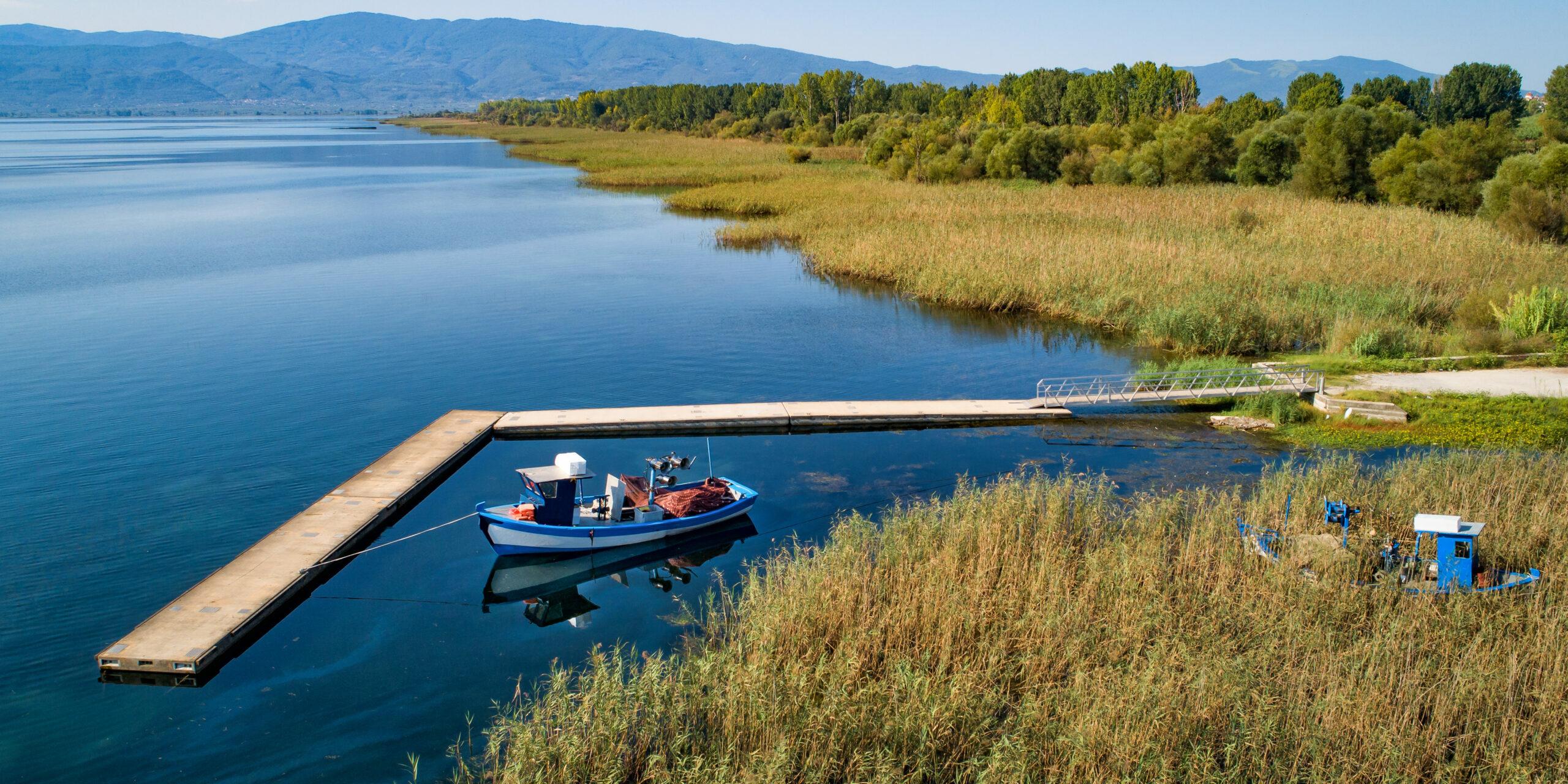 Aitoloakarnania: Lake Trichonida, the twin and impressive waterfalls of Greece