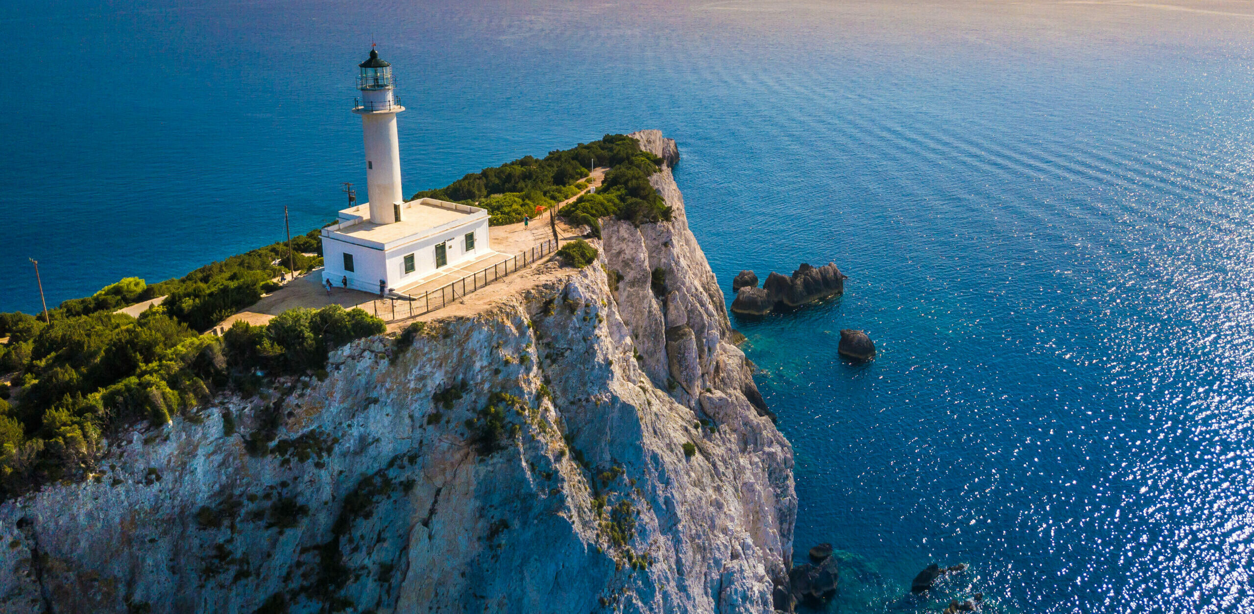 Lefkada: Doukato, the lighthouse of Greece and the mysterious legend of lovers