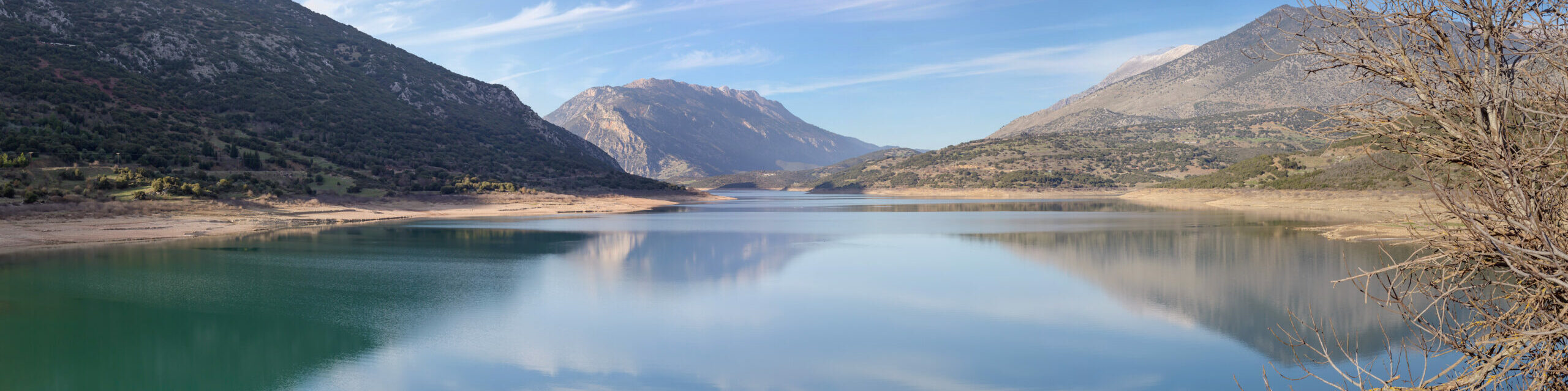 Mornos: The butterfly lake of Greece and its unique beauty