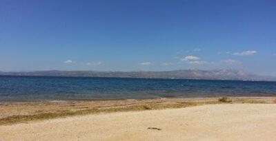 Wells: The unknown beach in Attica for a calm swim