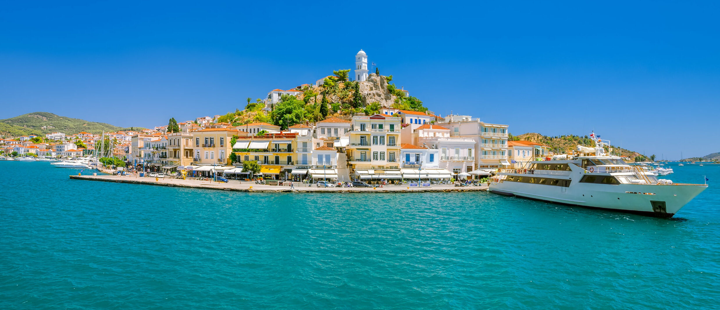 Poros: four reasons for escape there