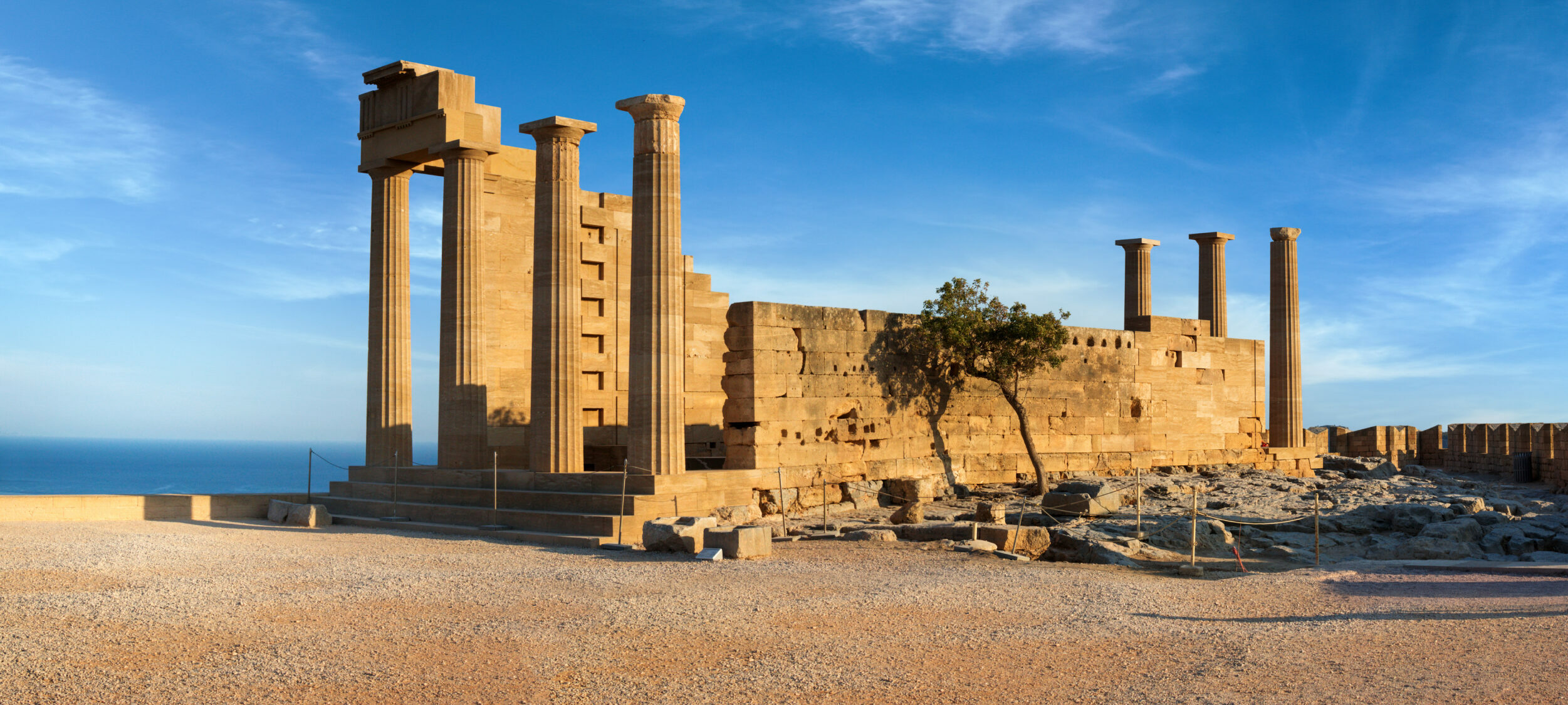 Lindos: The majestic Acropolis of Rhodes