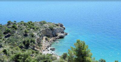 Attica: Vardaris – The hidden beach of Attica