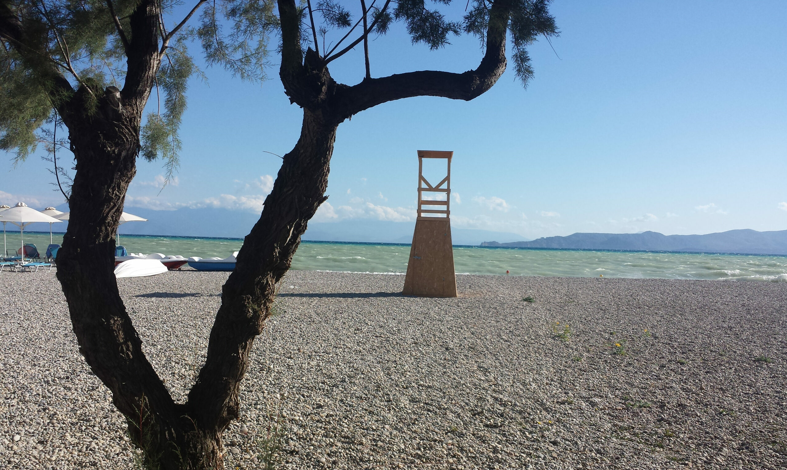 The beaches of the Corinthian Sea for great swimming experiences.
