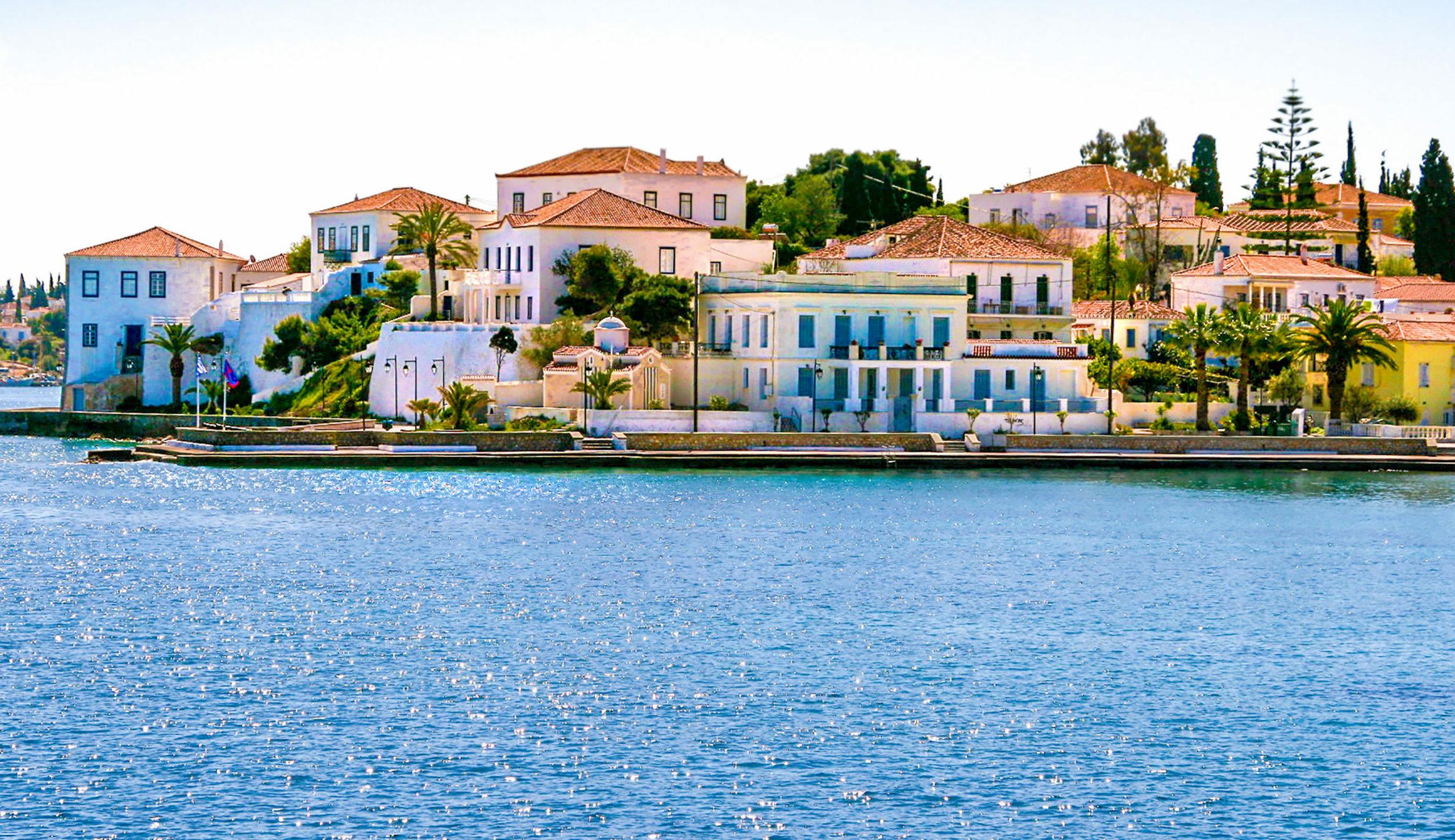 Car-free islands near Athens